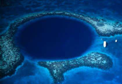 Blue Hole © Tony Rath